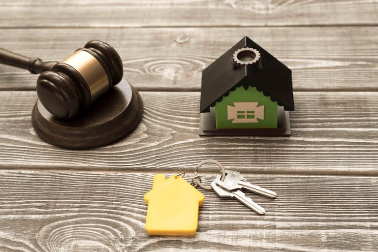 不動産売却に不可欠な法律知識を身につけておけば取引は万全!
