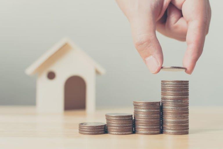 長期譲渡所得とは?短期との違いやお得に不動産売却するための税金知識を解説