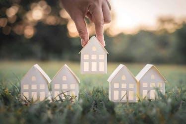 離婚するとき家はどうする?不動産の財産分与の方法について解説