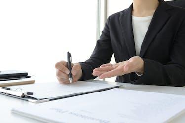 所有者死亡による家の名義変更とは?手続きの流れや必要書類を解説
