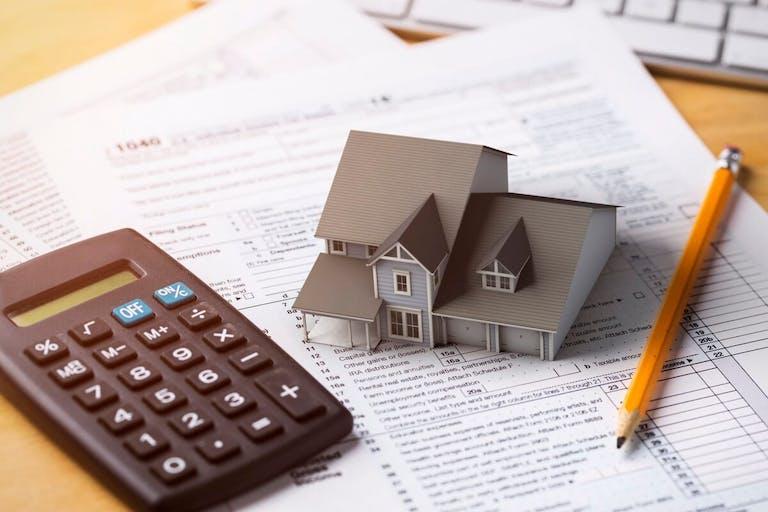 固定資産税から評価額を逆算できる?自分でできる審査請求とは?