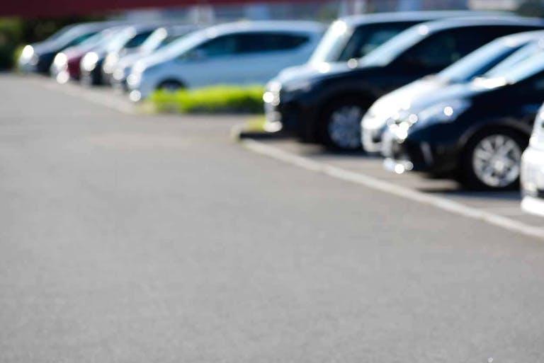 駐車場管理で失敗する人が知らない注意点とは? 仕事内容や管理方法、注意点を解説