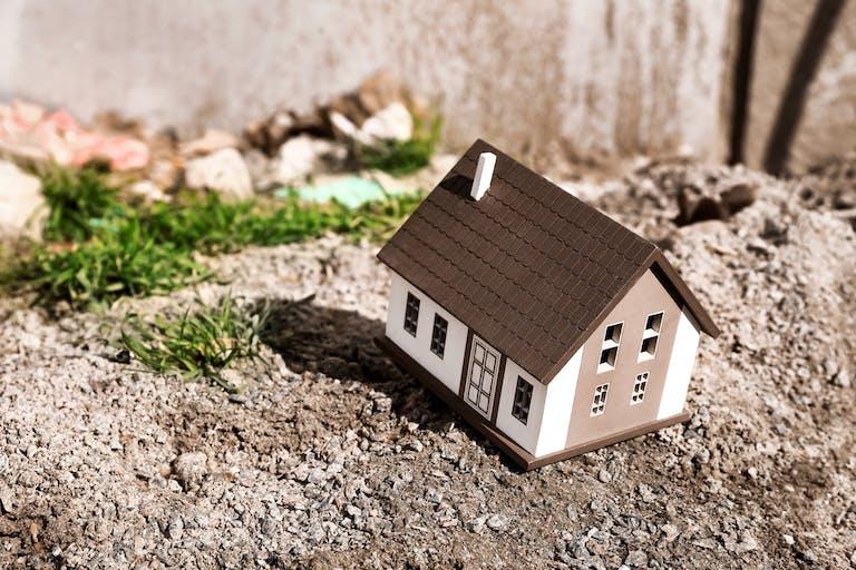 木造アパートのメリットとデメリット|住みやすい木造アパートの探し方は?