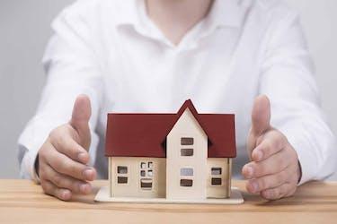 貸家建付地の賃貸経営は節税対策になる?|節税シミュレーションと評価額の計算方法