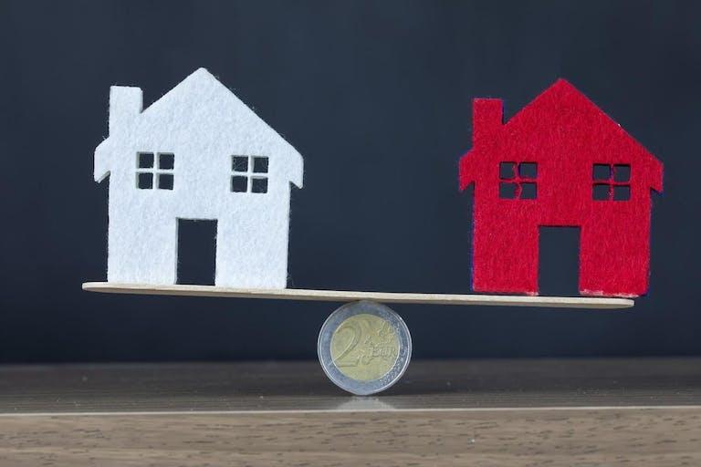 持ち家と賃貸どっちがお得?生涯コストやメリット・デメリットを比較し老後に備えよう!