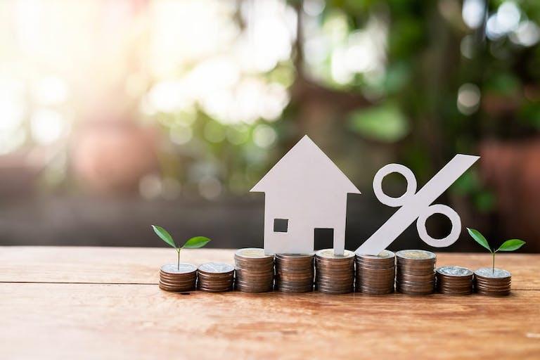 住宅ローンは変動金利と固定金利のどちらが得?選び方のポイント