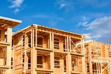3階建てのアパートの建築費は?3階建てアパート建築をメリットやデメリットを解説!