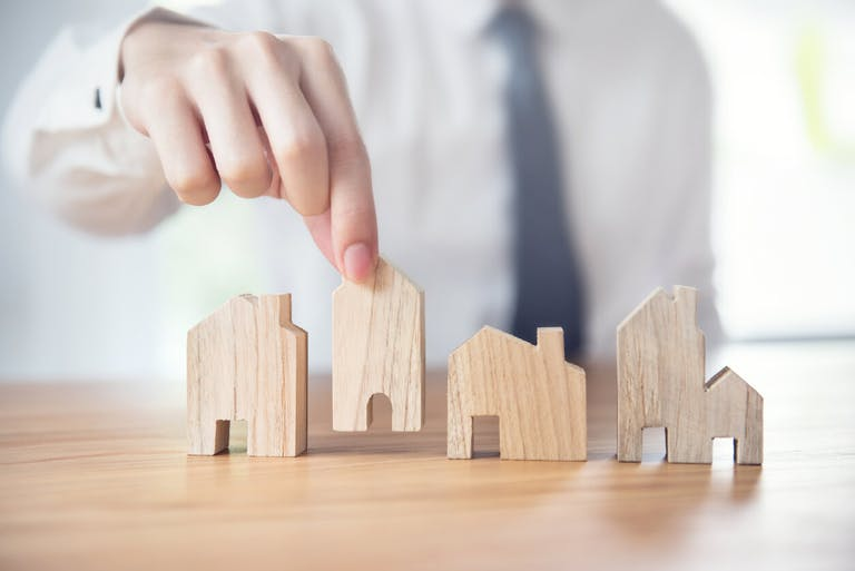 アパート経営とマンション経営の違いを比較!投資のおすすめはどちら